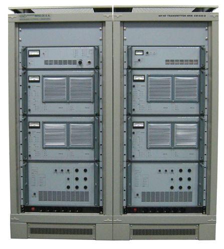 Transmisor de 5KW MF / HF: Productos de Invelco, S.A.