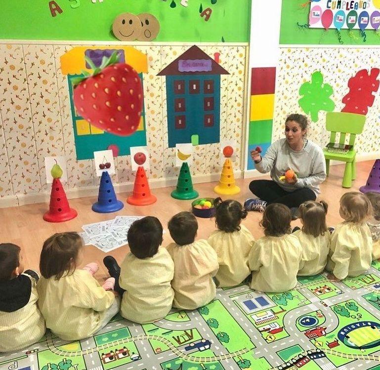 Escuela infantil en San Sebastián de los Reyes. ¡Aprendiendo sobre las frutas!