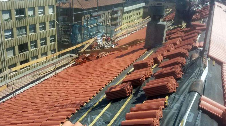 Reformas de tejados de teja en Oviedo