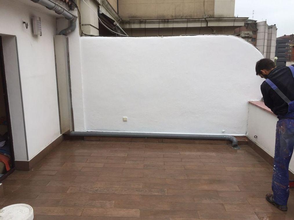 Pintura de fachadas y patios en Oviedo