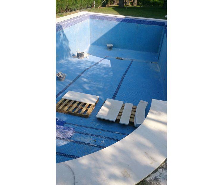 Proceso de reforma de piscina