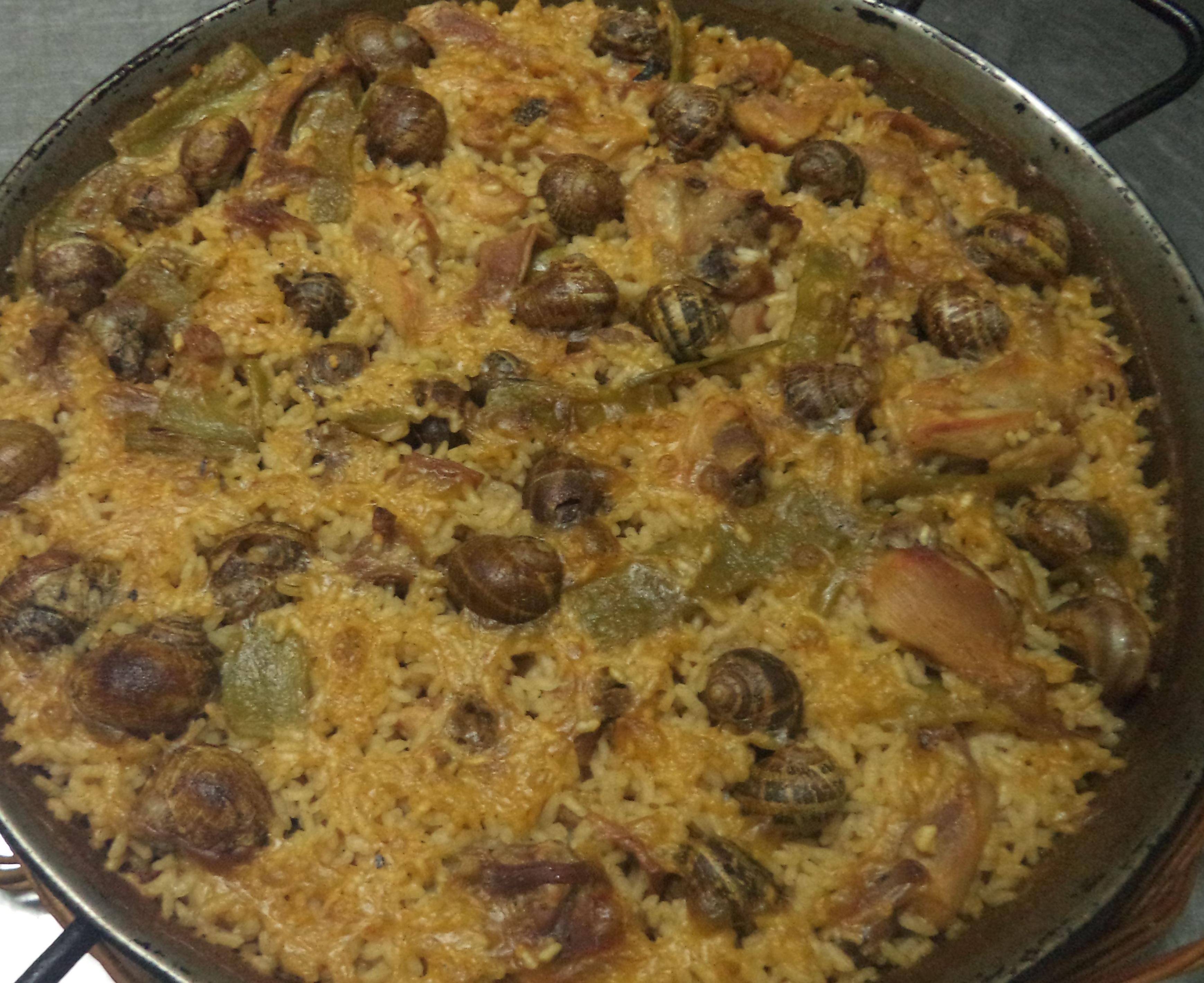 arroz de la Abuela ,con costilla, lomo y longaniza de adobo