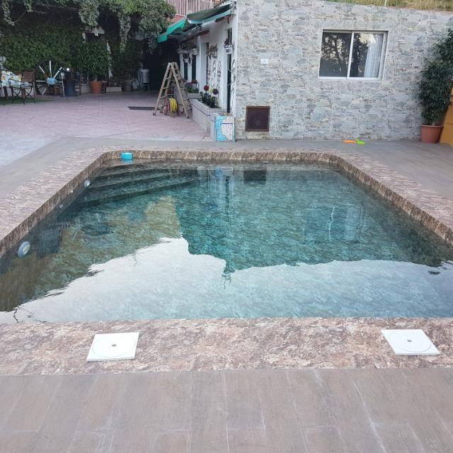 Construcción y mantenimiento de piscinas