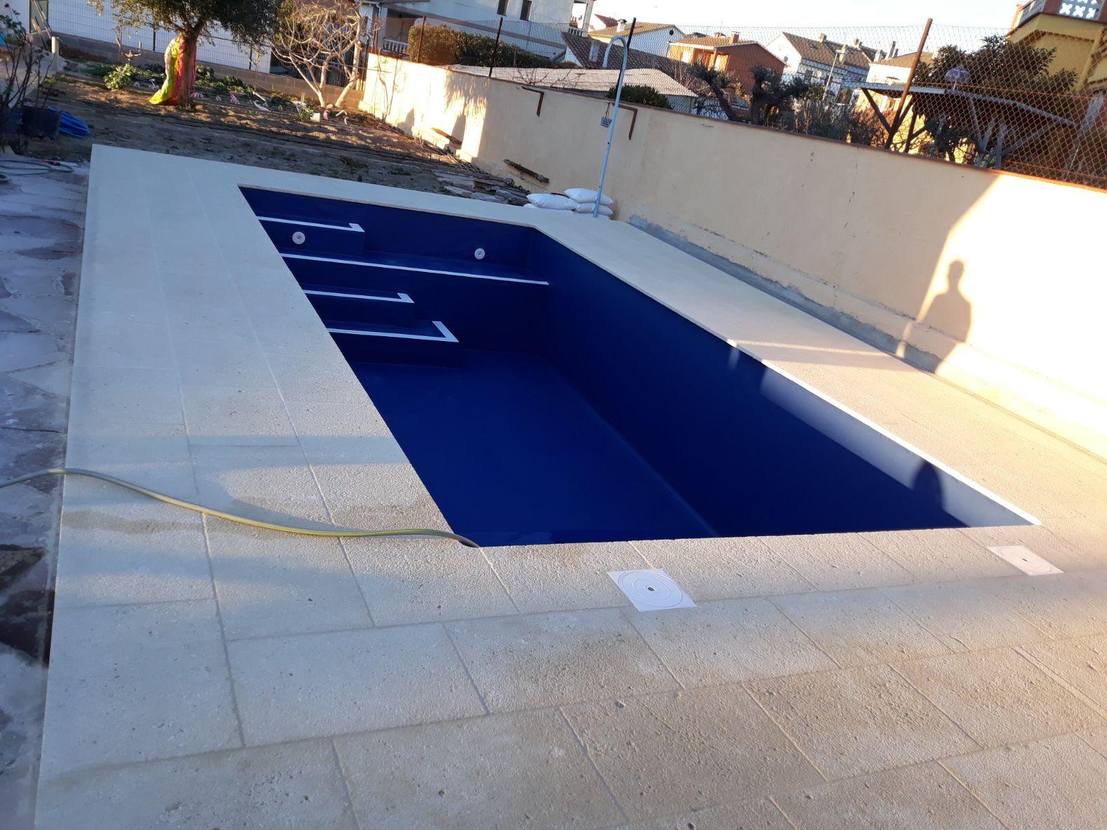 Construcción de piscinas en comunidades