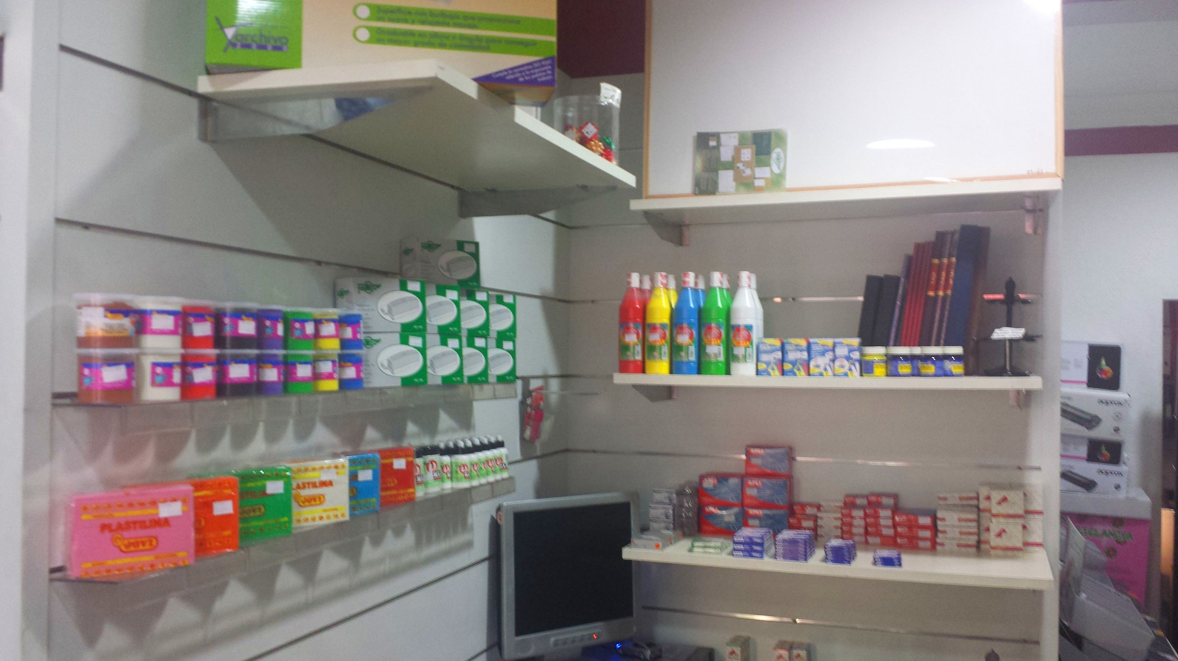 Material manualidades productos y servicios de francis for Productos de oficina