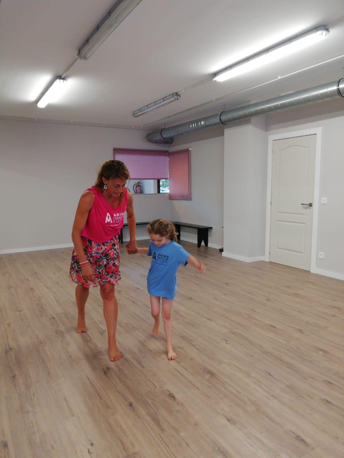 Clases de danza para niñas/os Sopelana