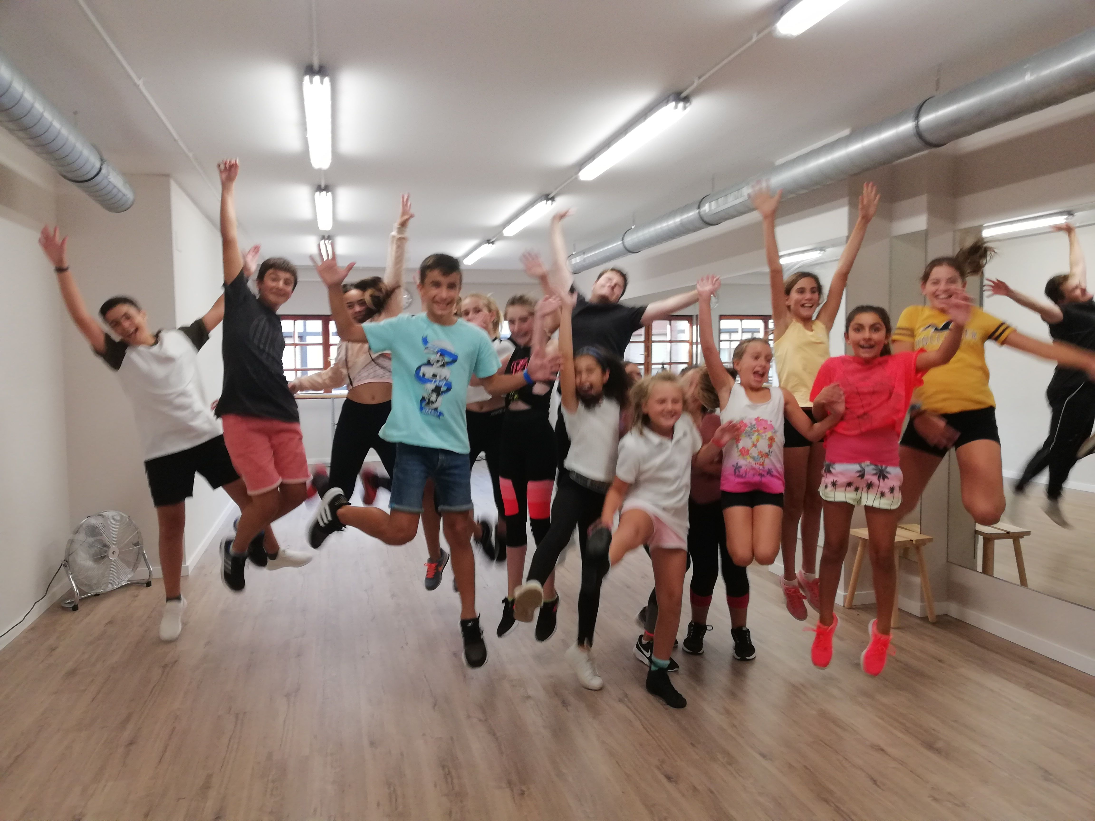 Escuela de danza para todas las edades Sopelana