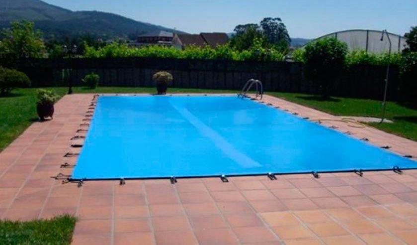 Lona para cubrir la piscina