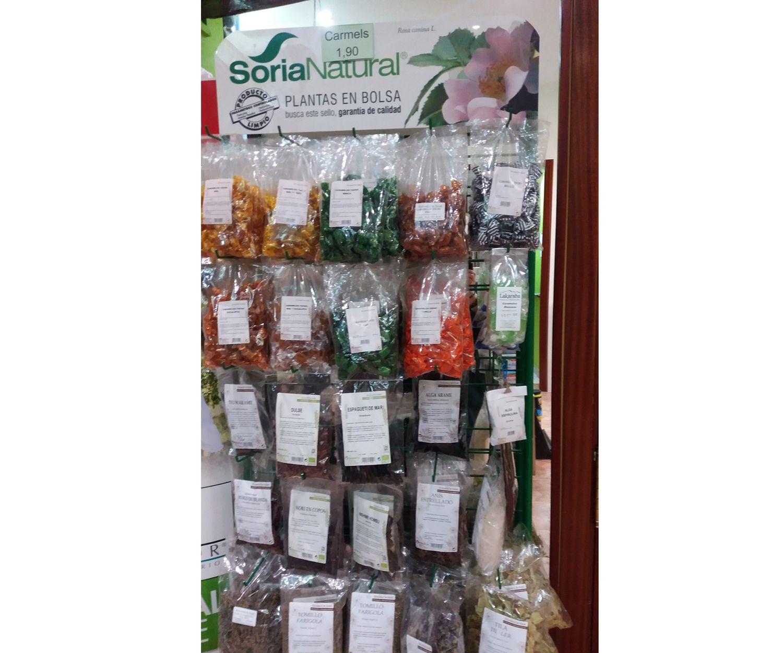 Herbolario, plantas en bolsa