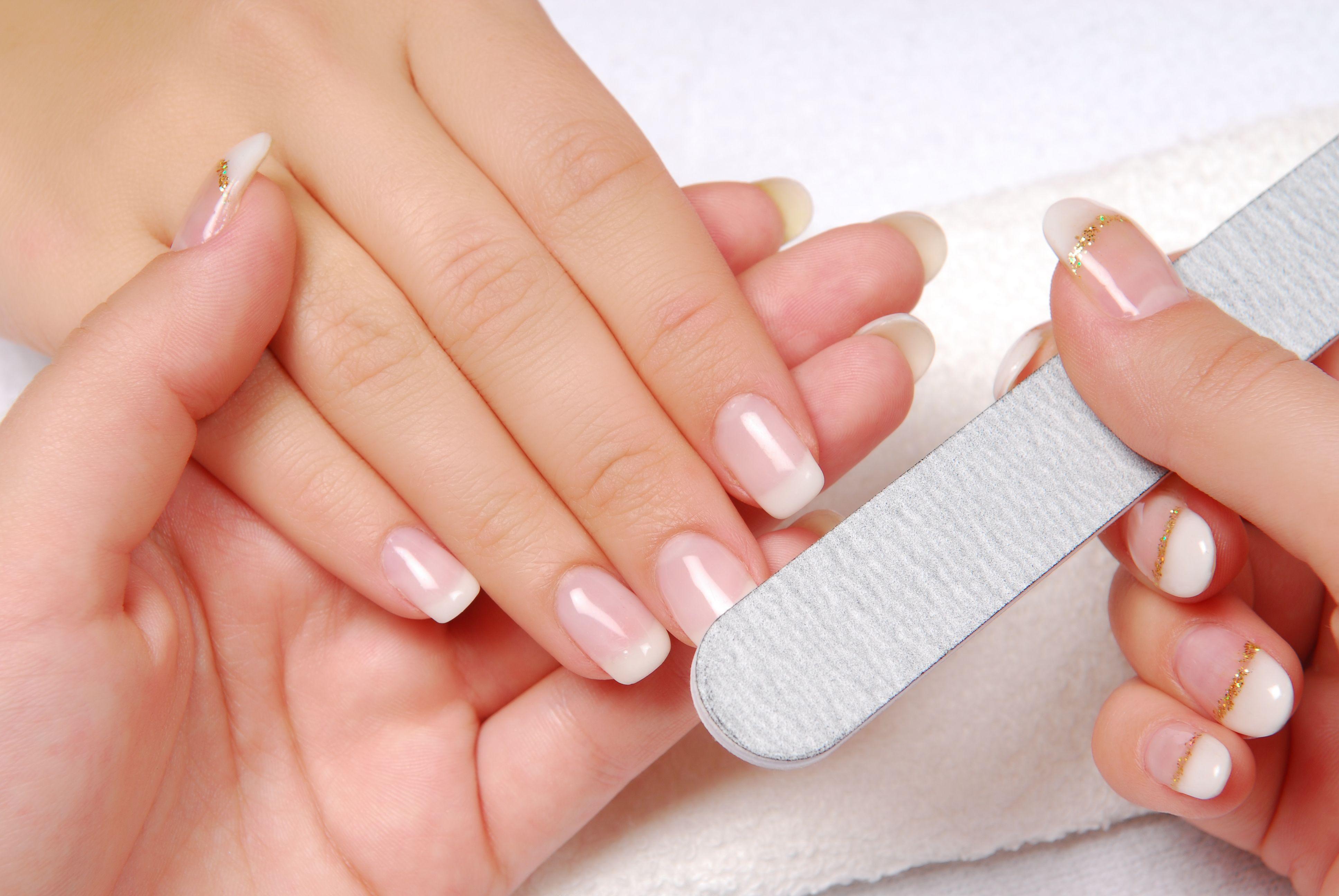Manicura y Pedicura: Servicios de Bella Ragazza