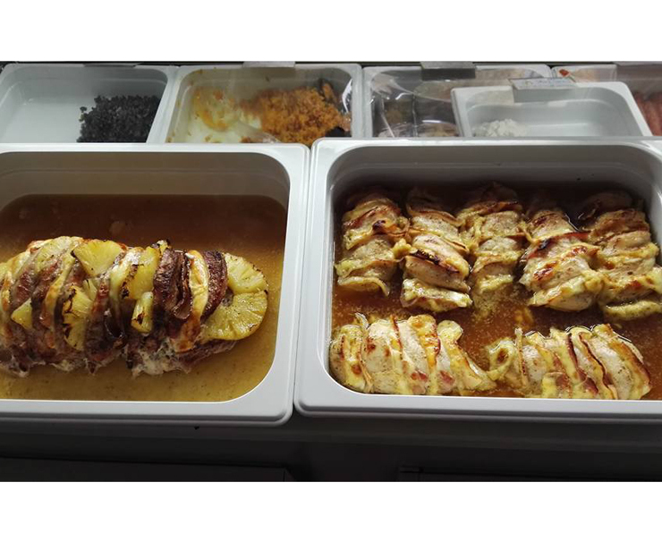 Disfruta de la comida casera de Coma más pollo en Utebo