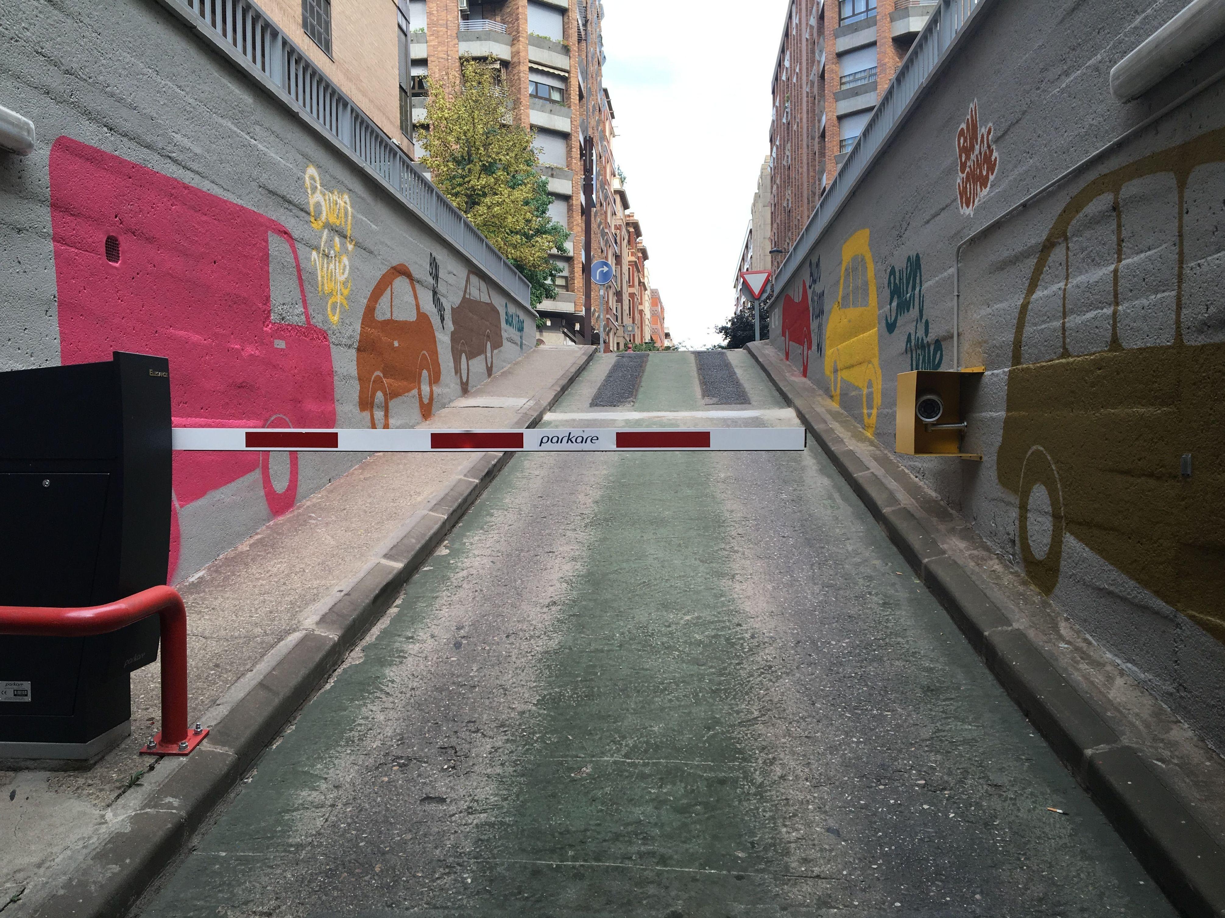 Acceso Parking Logroño