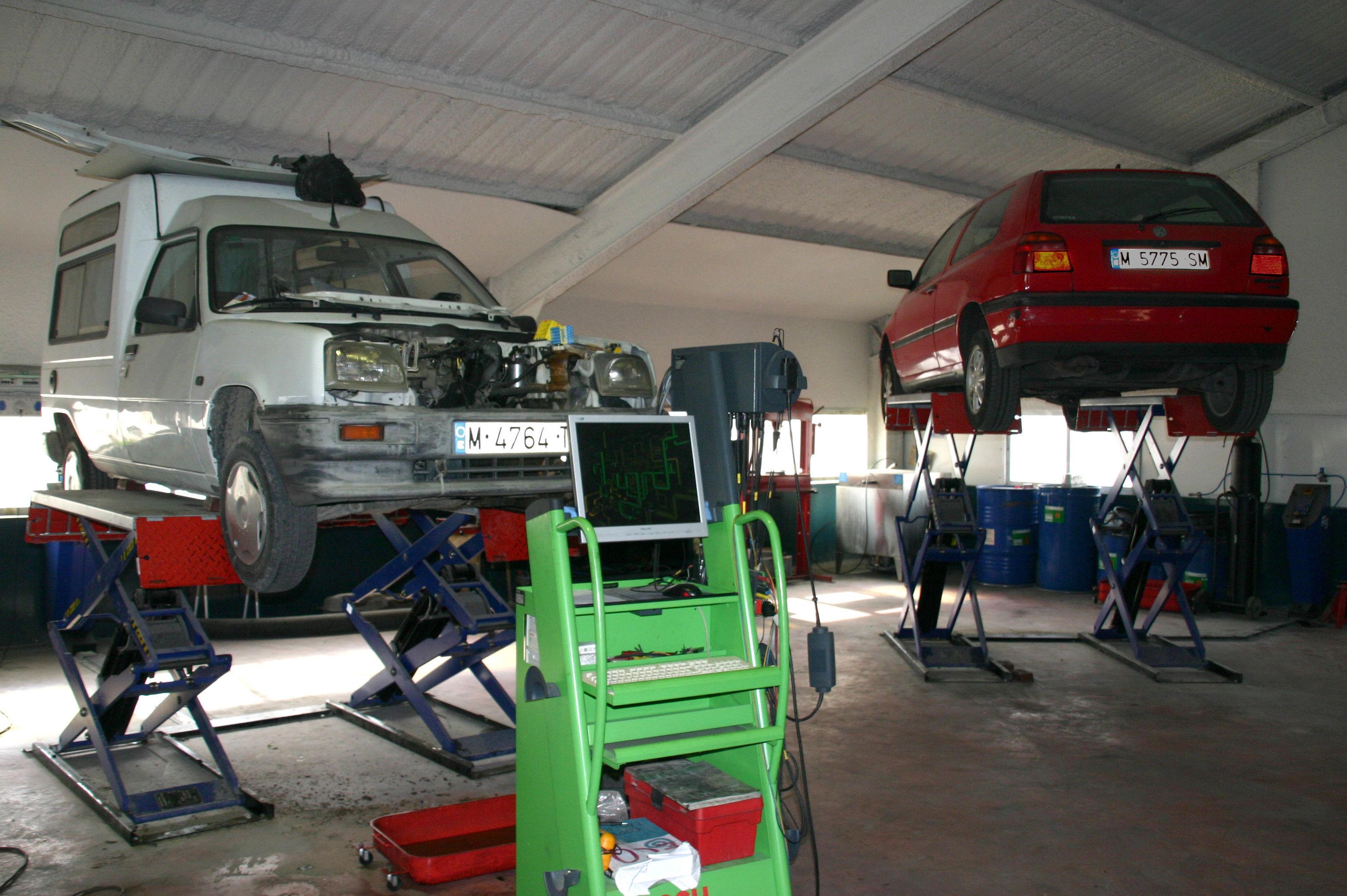 Foto 12 de Talleres de automóviles en Leganés | Diesel Prado Overa