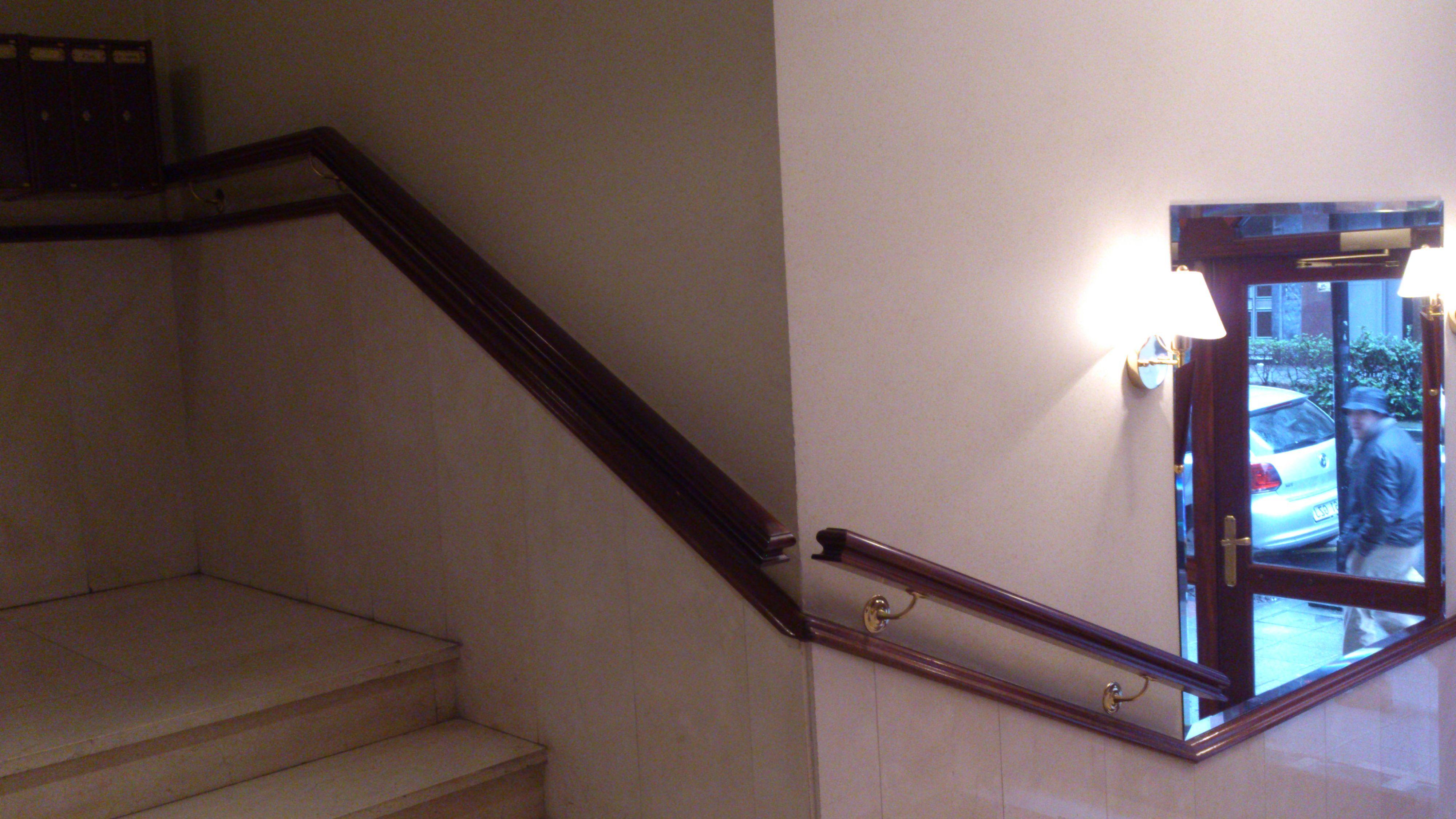 Foto 58 de Escaleras en  | CARPINTERIA MAZUSTEGUI S.L