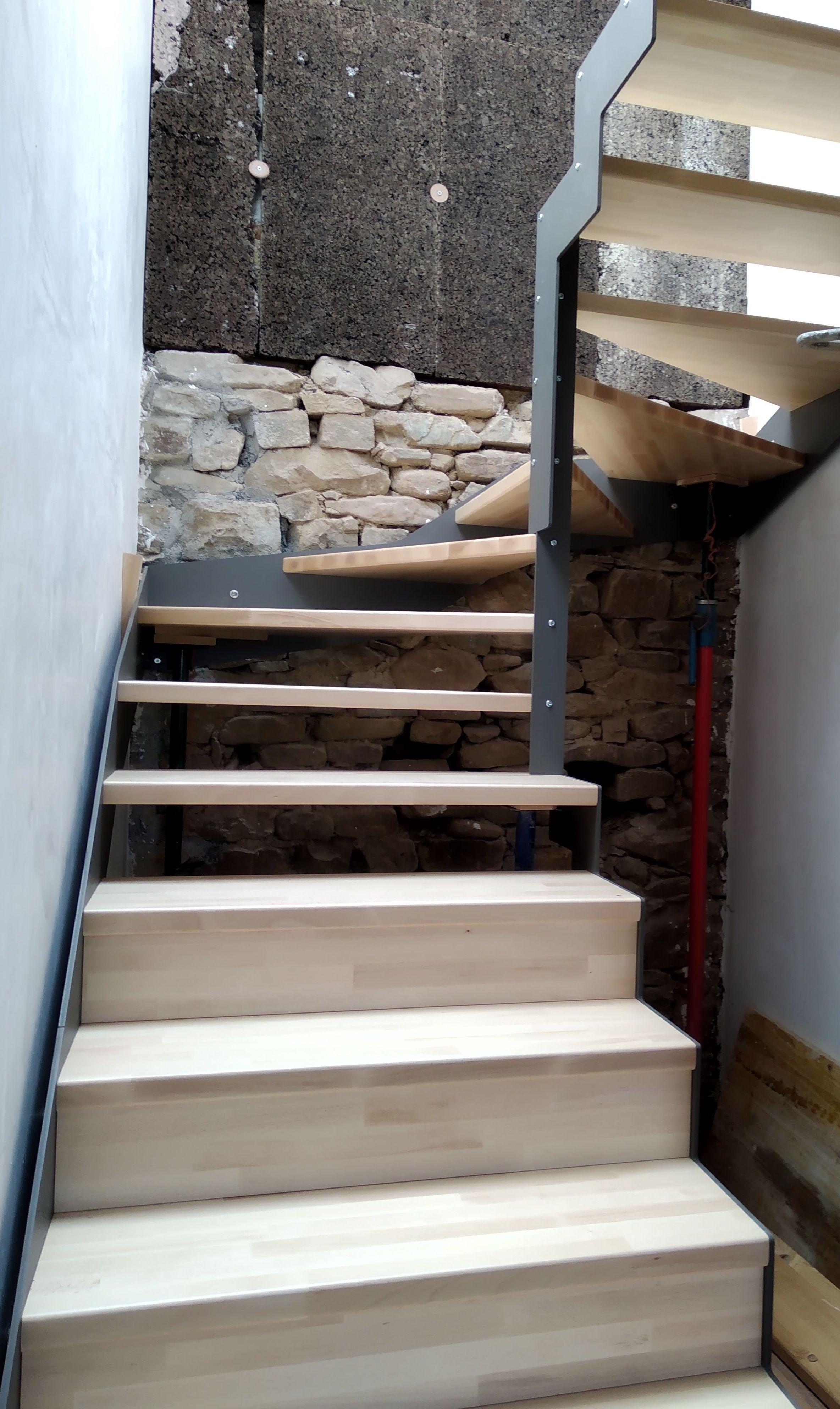 Foto 3 de Escaleras en  | CARPINTERIA MAZUSTEGUI S.L