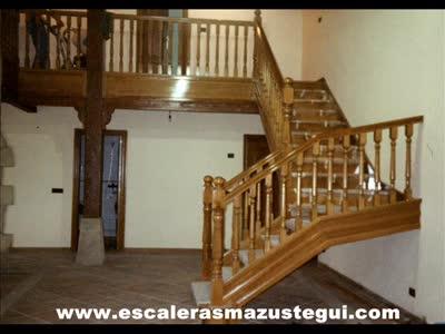 videos de escaleras: PRODUCTOS de CARPINTERIA MAZUSTEGUI S.L }}