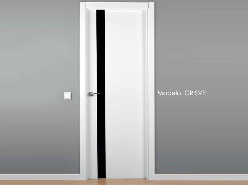 Puerta lacada modelo CRISVE.