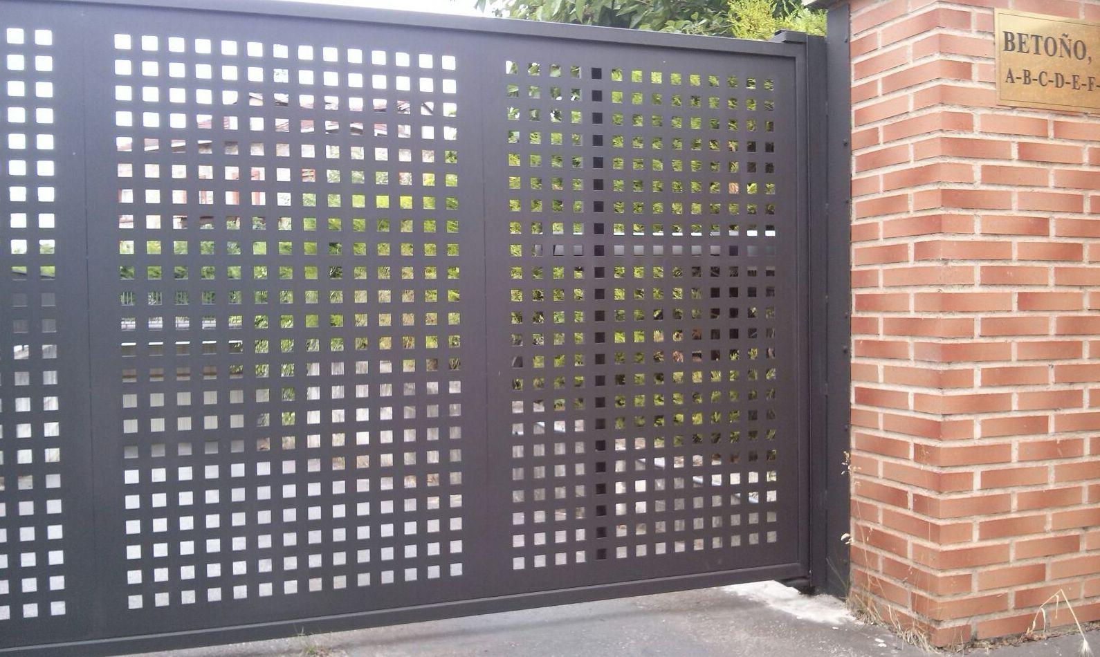 Foto 1 de Puertas automáticas y accesorios en Vitoria-Gasteiz | Exclusivas Letisa