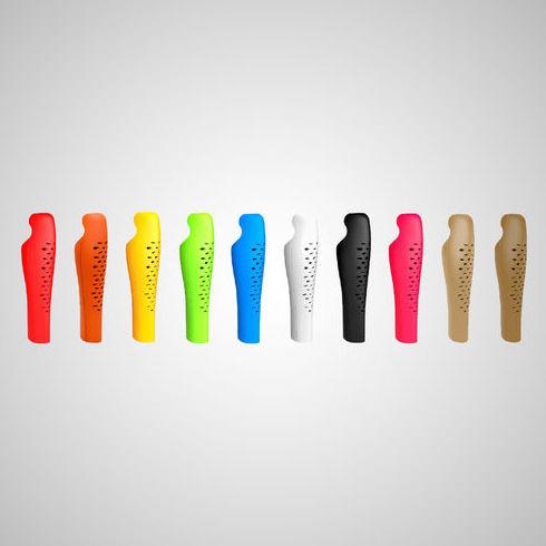 Nueva funda cosmetica intercambiable para protesis femorales