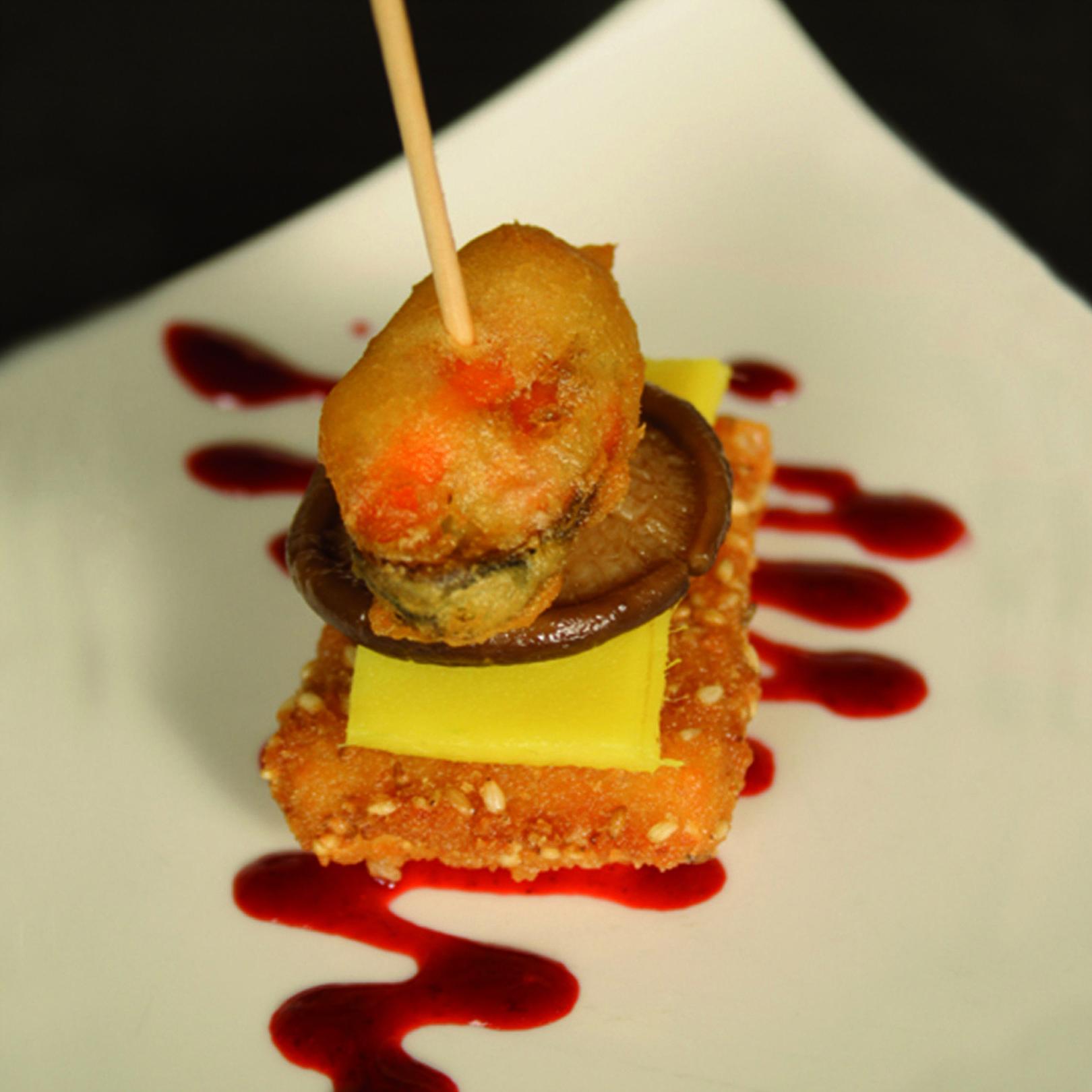 Foto 10 de Bar con amplia variedad de tapas y comida rápida en Burgos | Tapería Royal