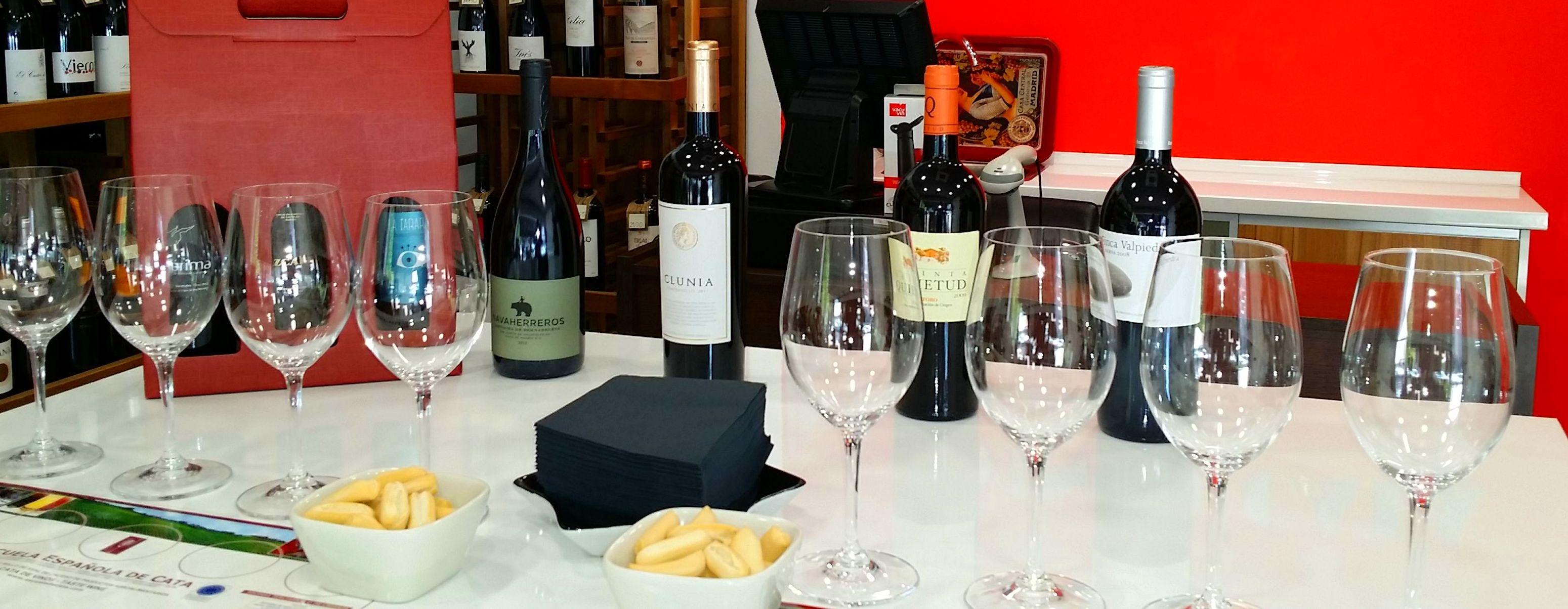 Degustación gratuita de vino diaria.
