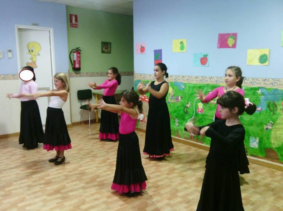 Escuela infantil con actividades extraescolares