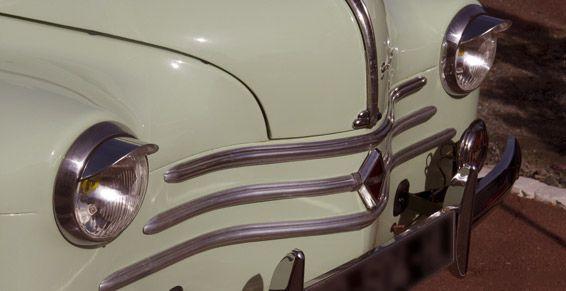 Restauración de coches y motos clásicas: Servicios de Talleres Flandes
