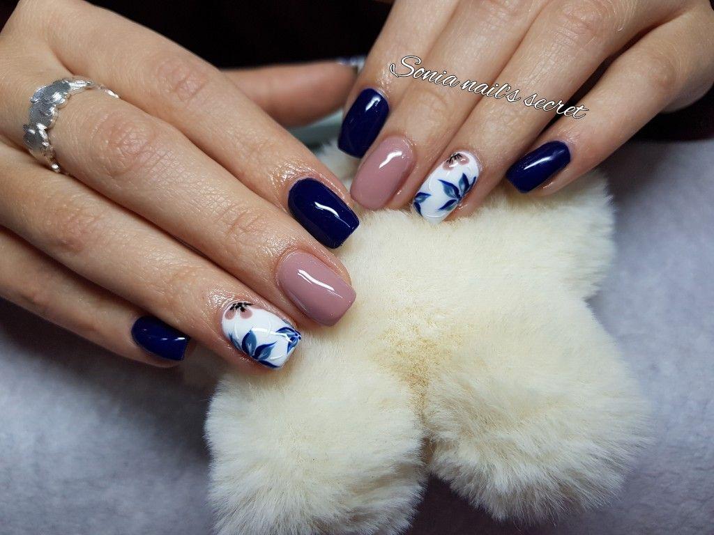 Manicuras y decoración de uñas en Valencia