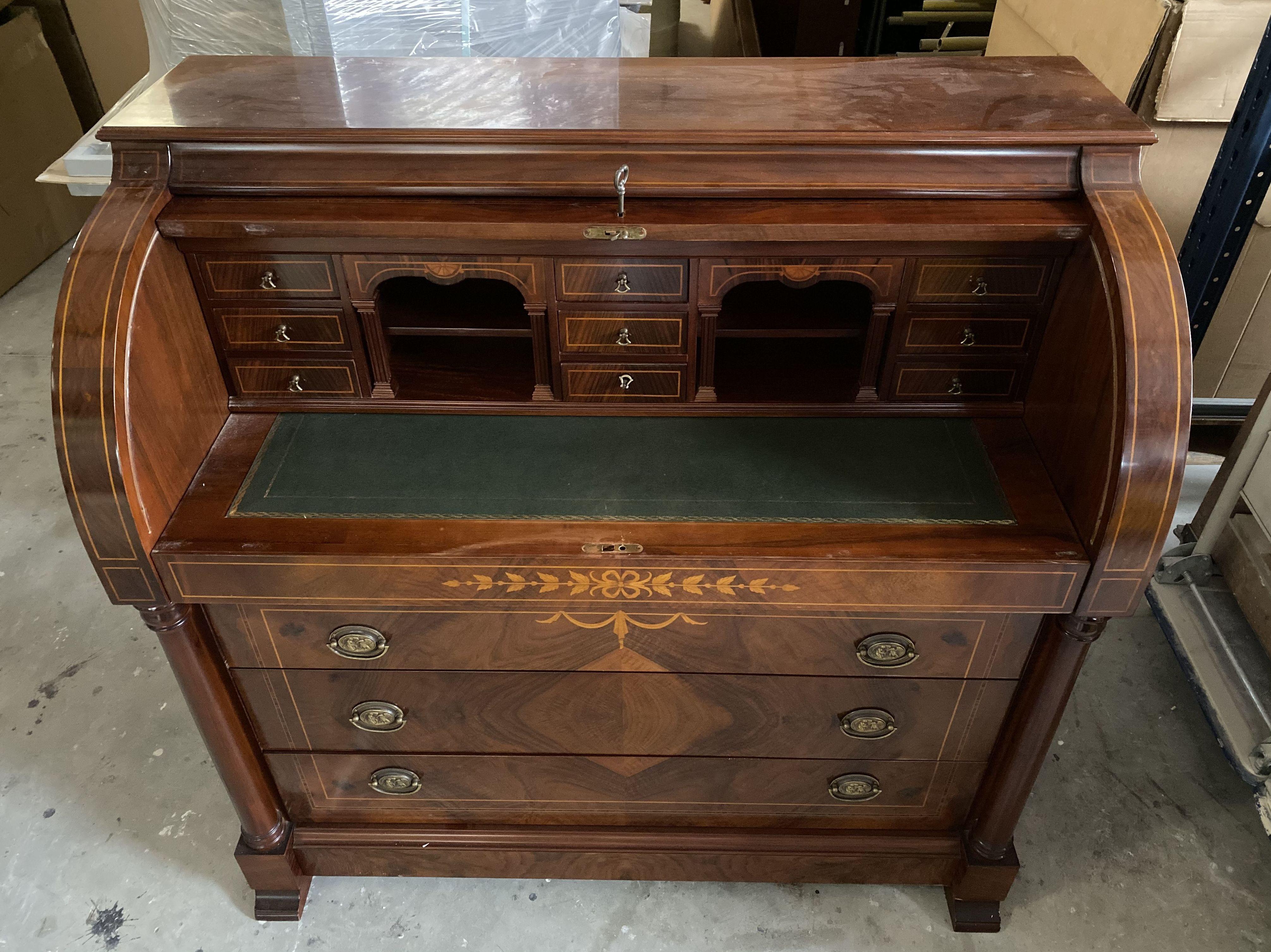 Foto 3 de Restauración de muebles en  | Lacabarniz