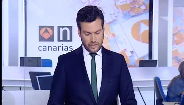 Entrevista en Antena 3 noticias a nuestra dermatóloga }}