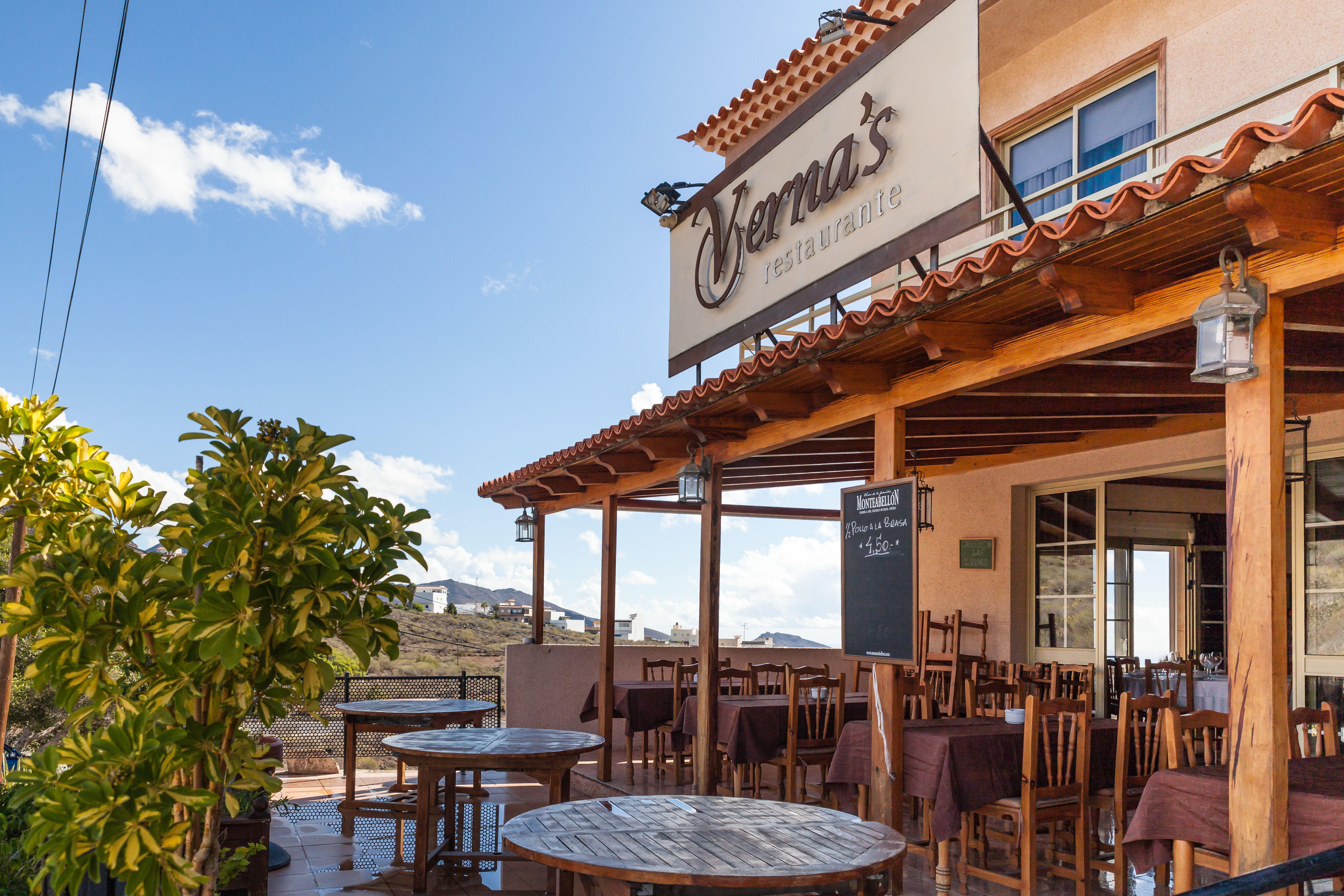 Foto 3 de Especialidad en carnes y pescados en La Camella | Verna's Restaurante