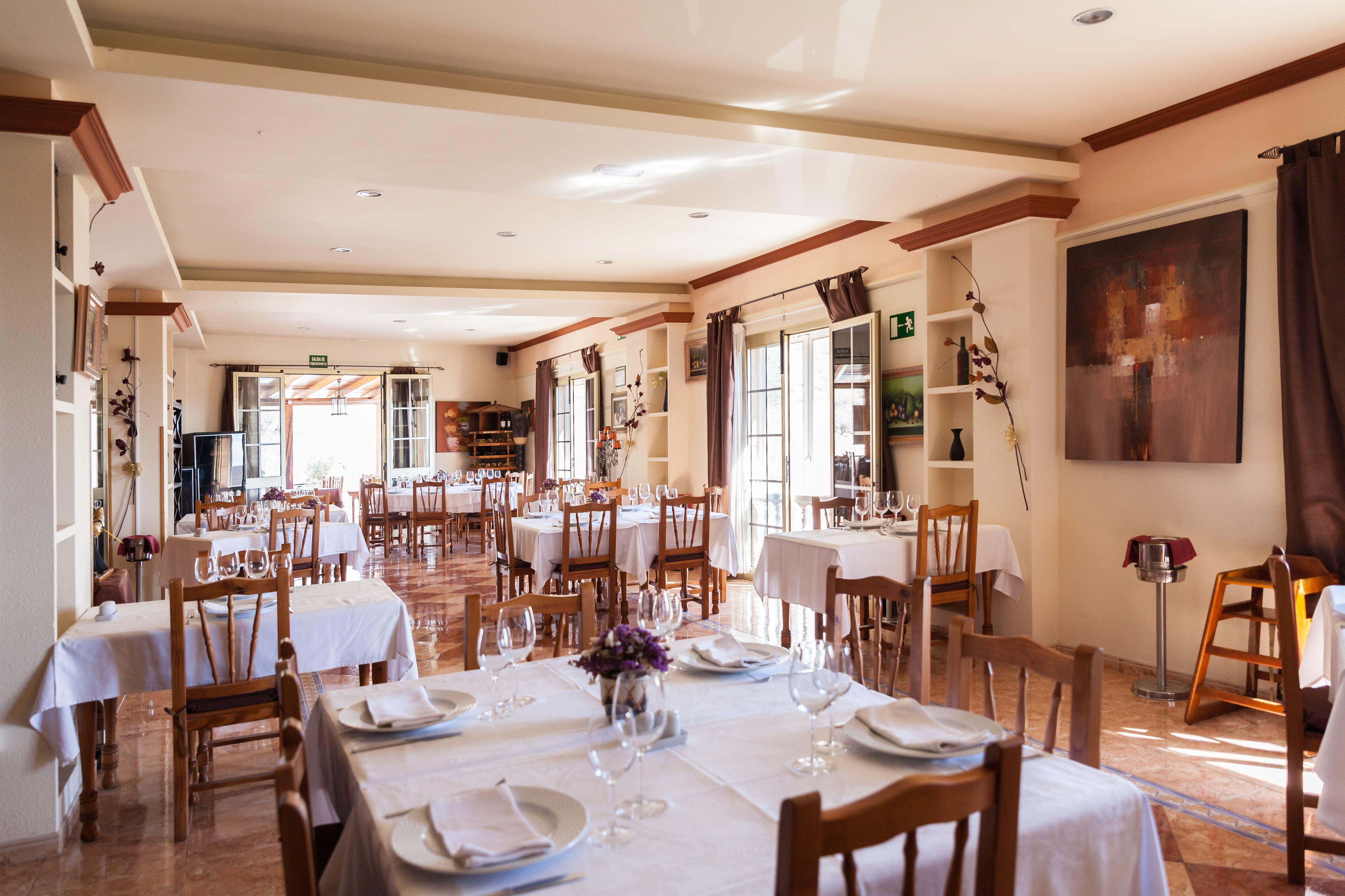 Foto 8 de Especialidad en carnes y pescados en La Camella | Verna's Restaurante