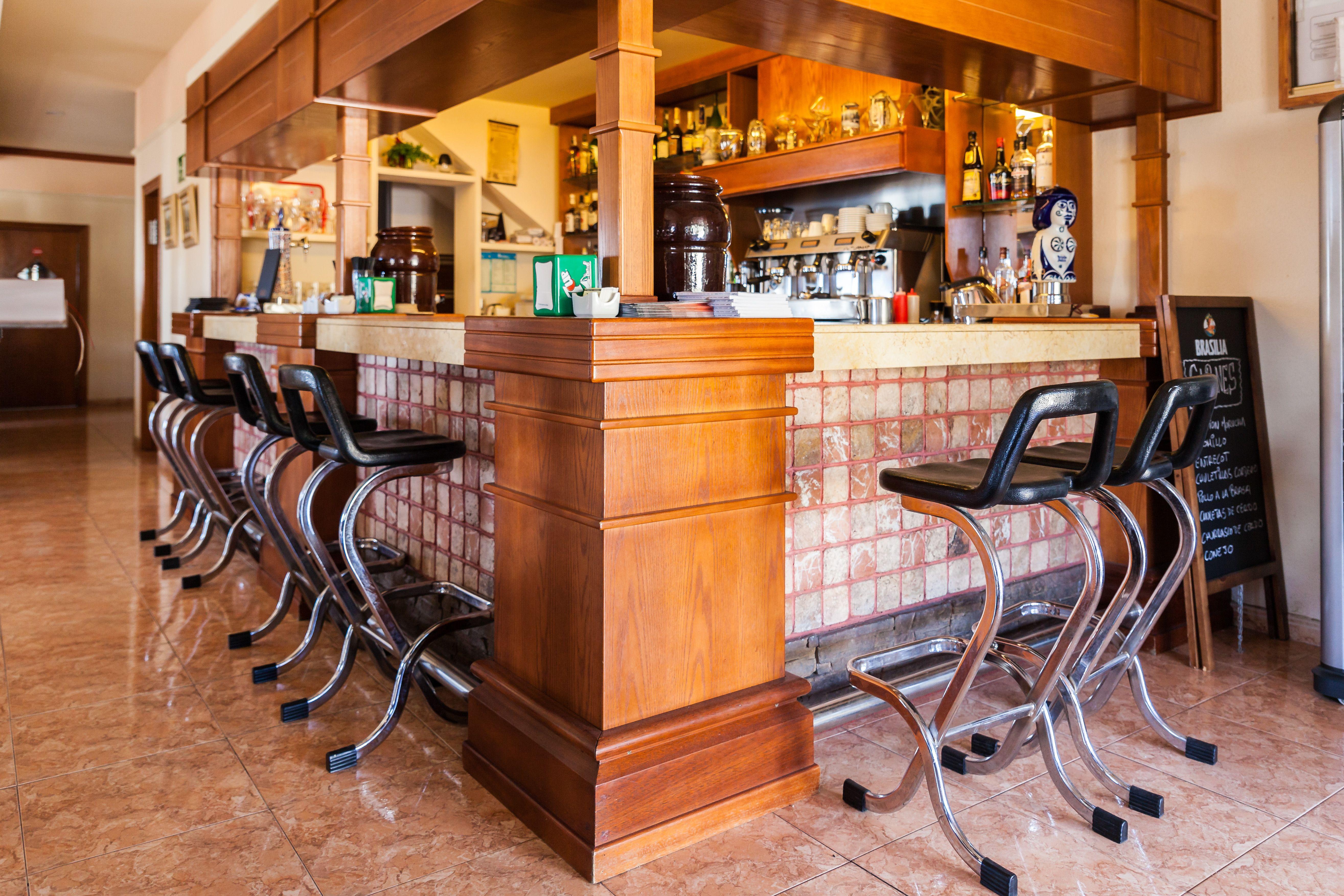 Foto 5 de Especialidad en carnes y pescados en La Camella | Verna's Restaurante