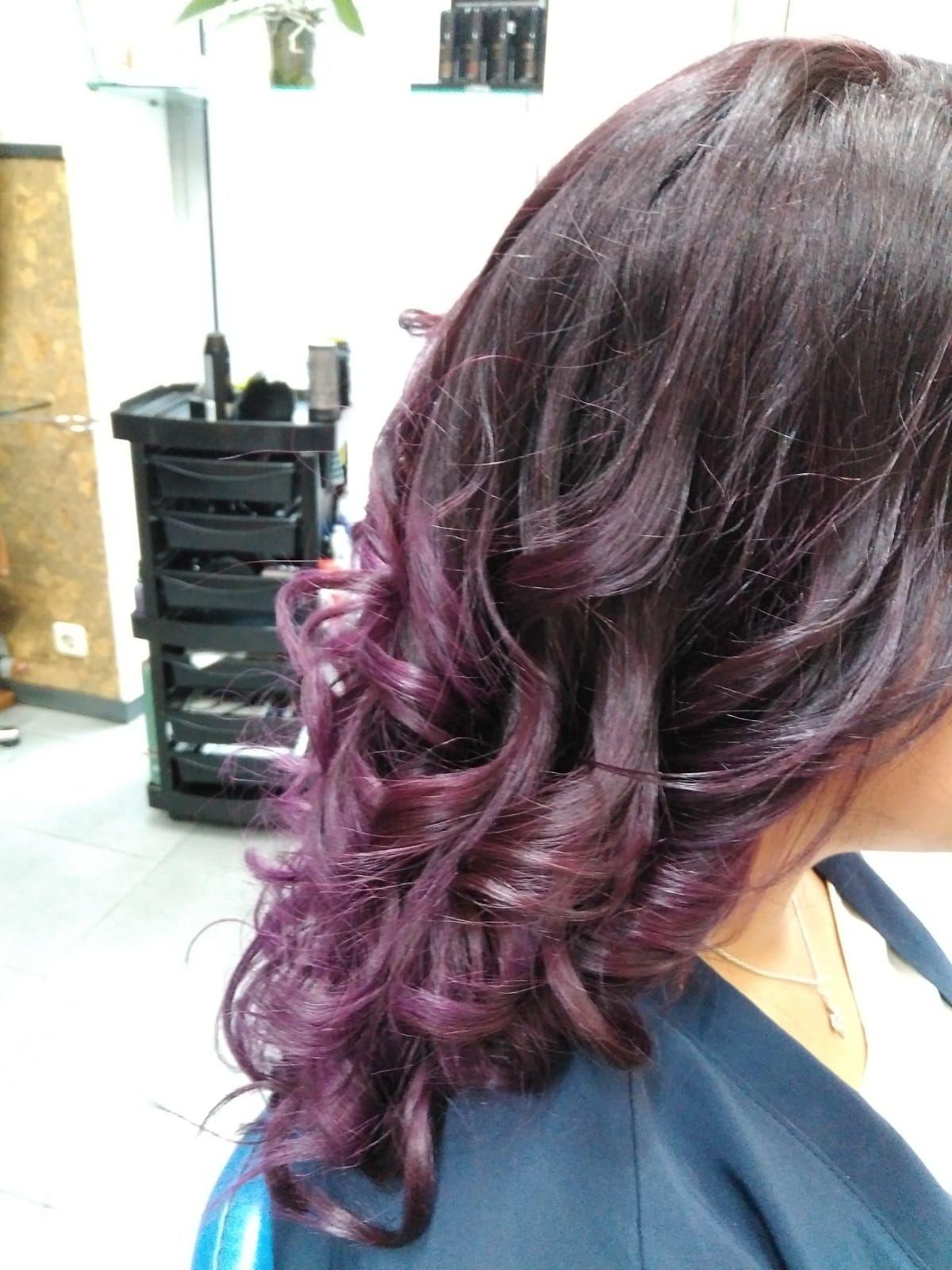 Servicio de color en peluquería en Vitoria