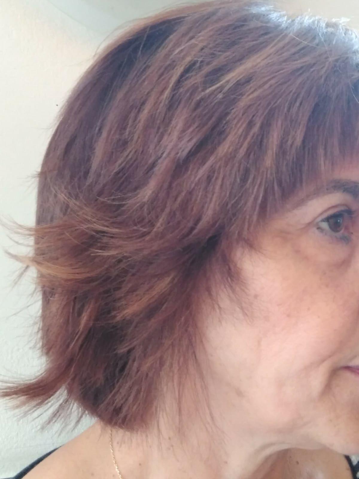 Corte y color en peluquería en Vitoria