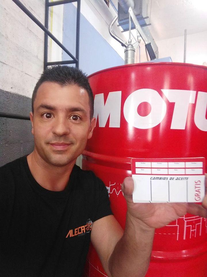 Ven a buscar tu tarjeta de la promo en cambios de aceite . Por cada 3 cambios el 4 es GRATIS !!!!.