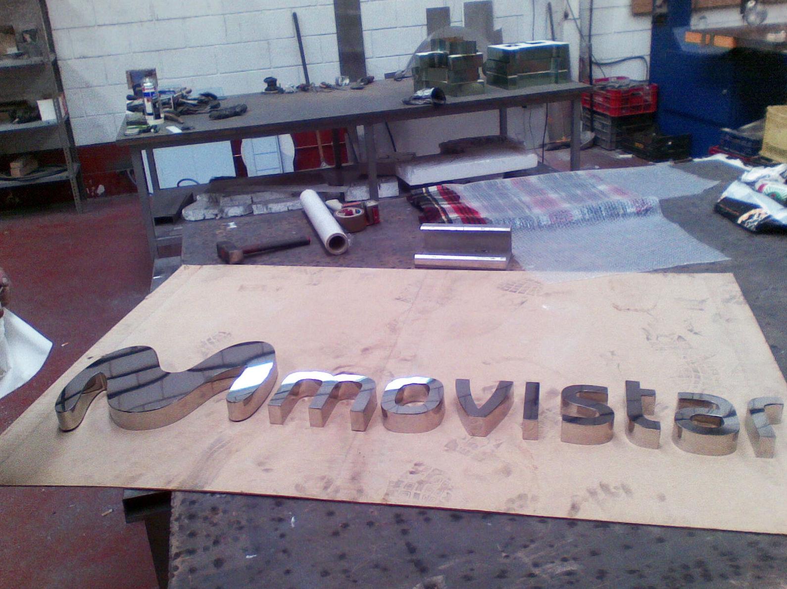 Empresa de rotulación especializada en letras corpóreas en Valdemoro