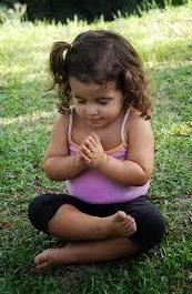 ¿Cómo puedo fomentar el autocontrol en mis hijos?