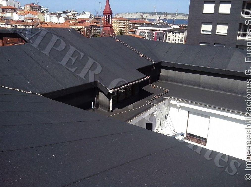 Impermeabilización de cubiertas inclinadas con láminas asfálticas auto-protegidas