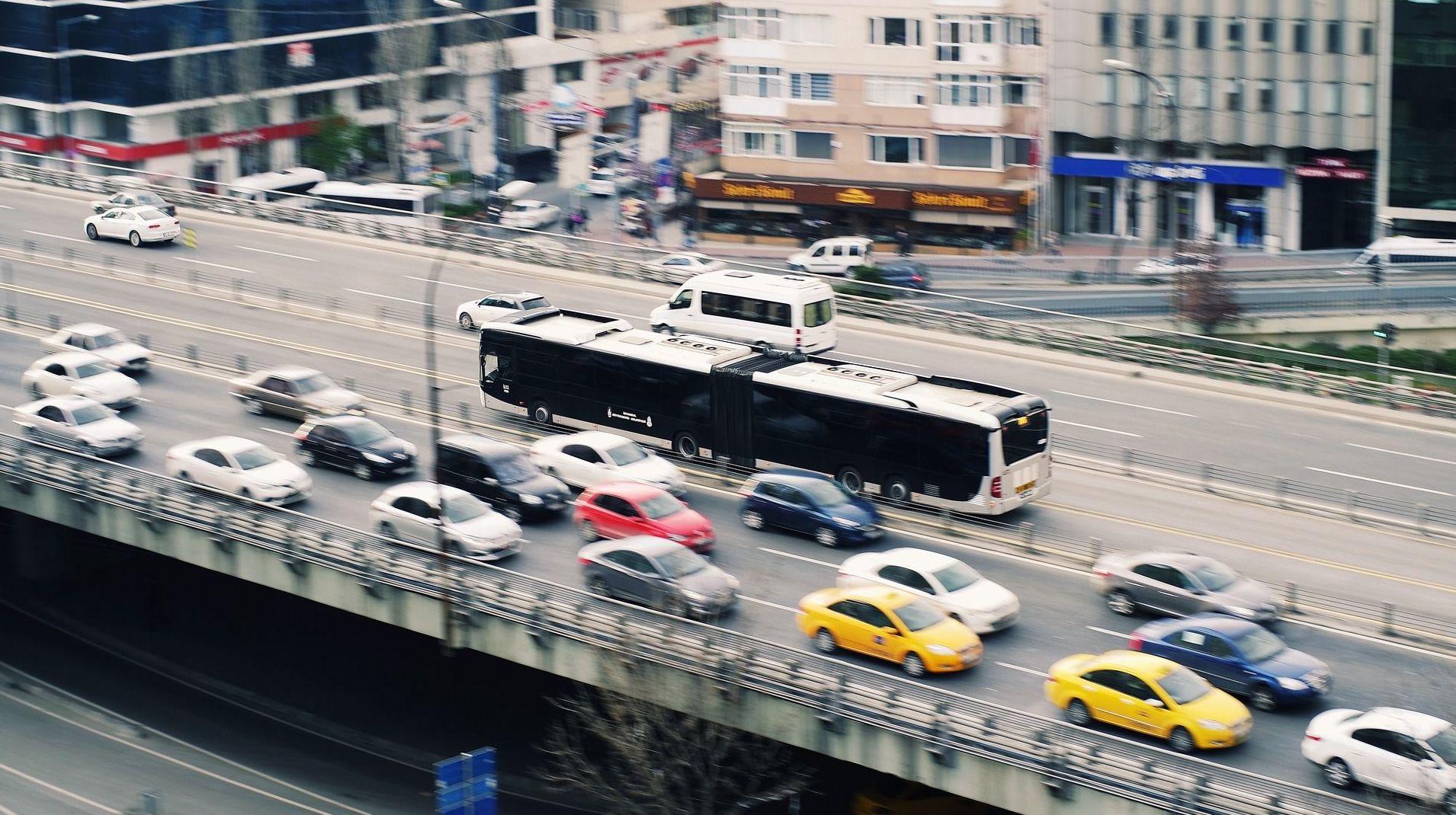 Informe de vehículos DGT en el acto: ¿Qué hacemos?  de Gestoría Cebrián