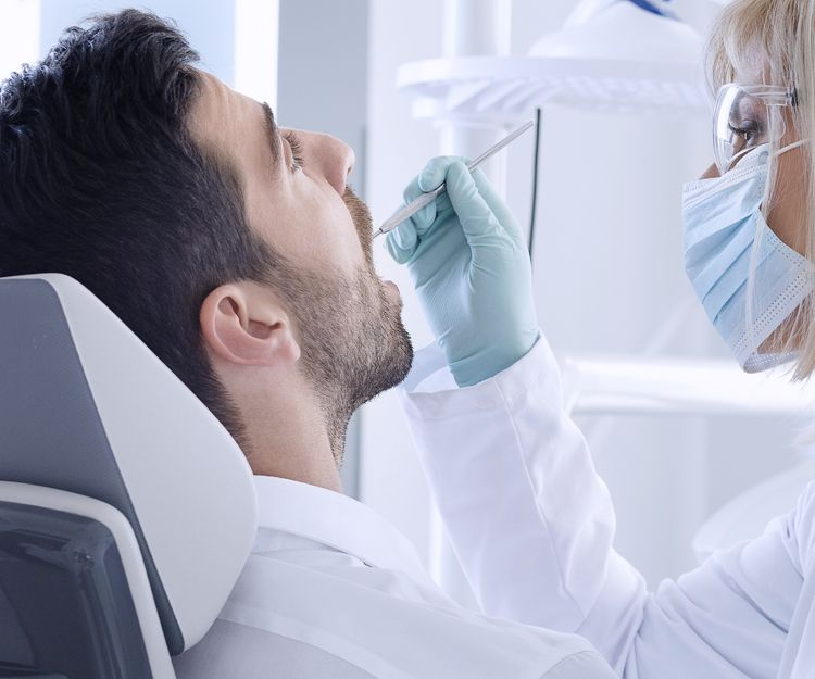 Clínica dental en Motril