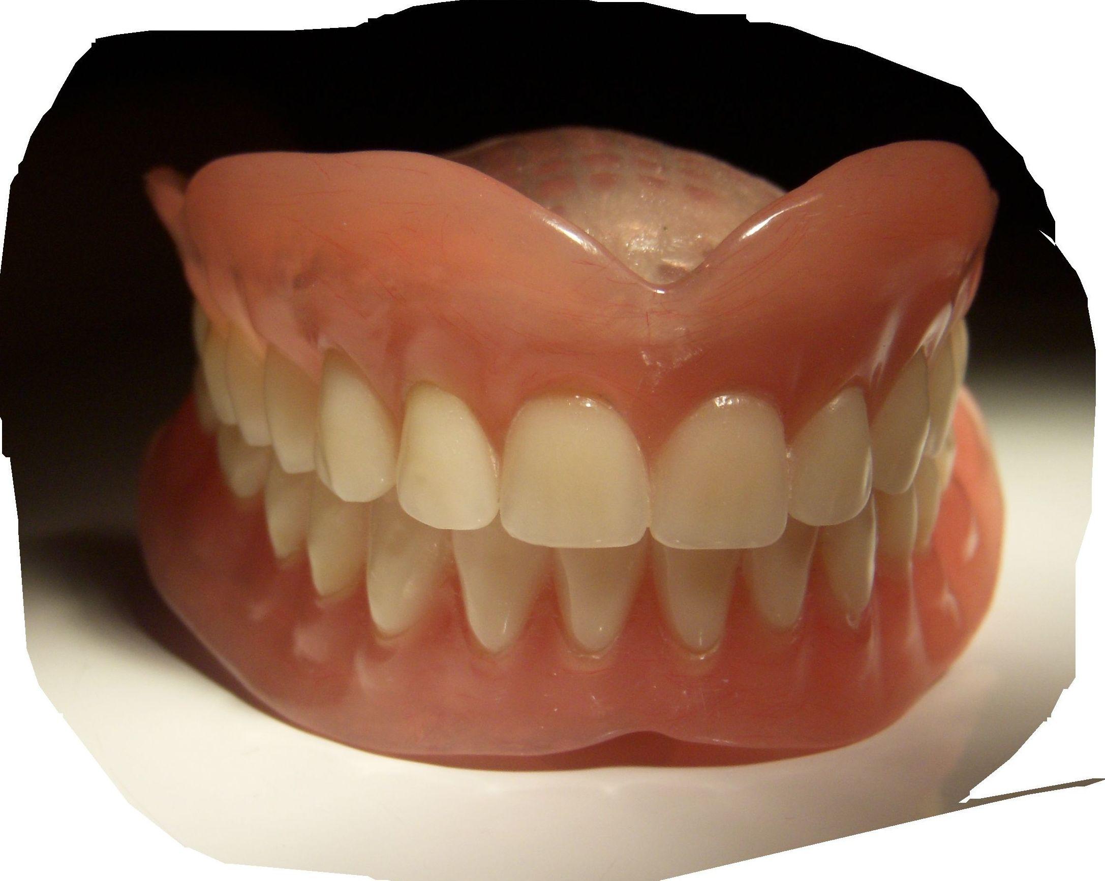 Foto 21 de Consulta de prótesis dentales en Jaén   Dental Tucci