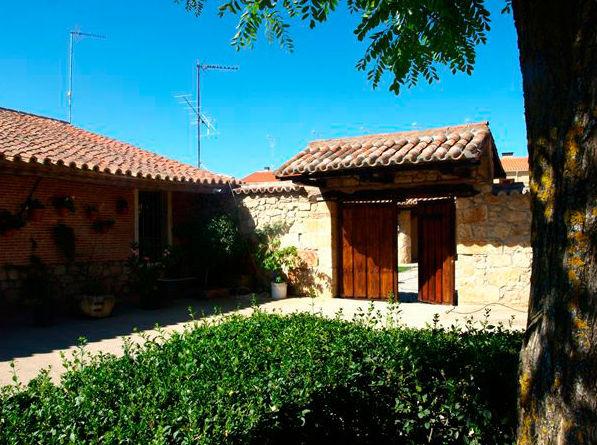 Antigua casa de labranza rehabilitada como centro de turismo rural