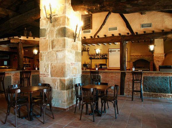 Bar-Restaurante del complejo de turismo rural El Corralón de Perahuy