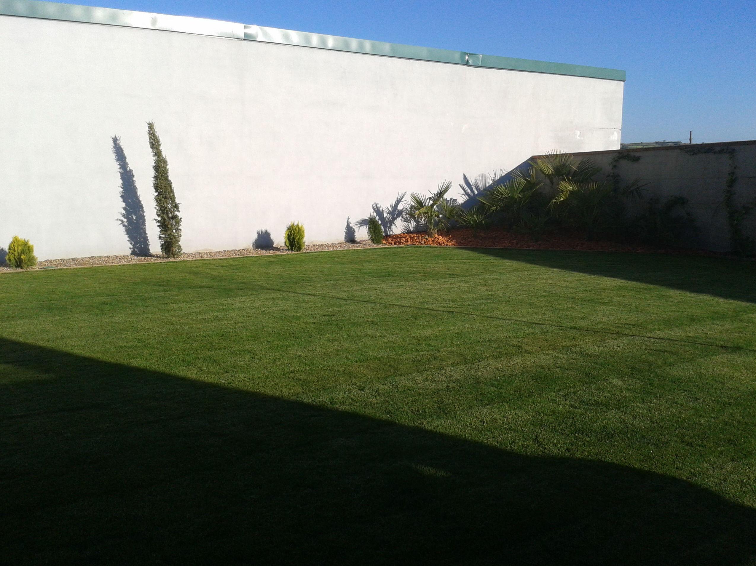 Foto 8 de Jardines (diseño y mantenimiento) en Corrales | Jardiner Zamora