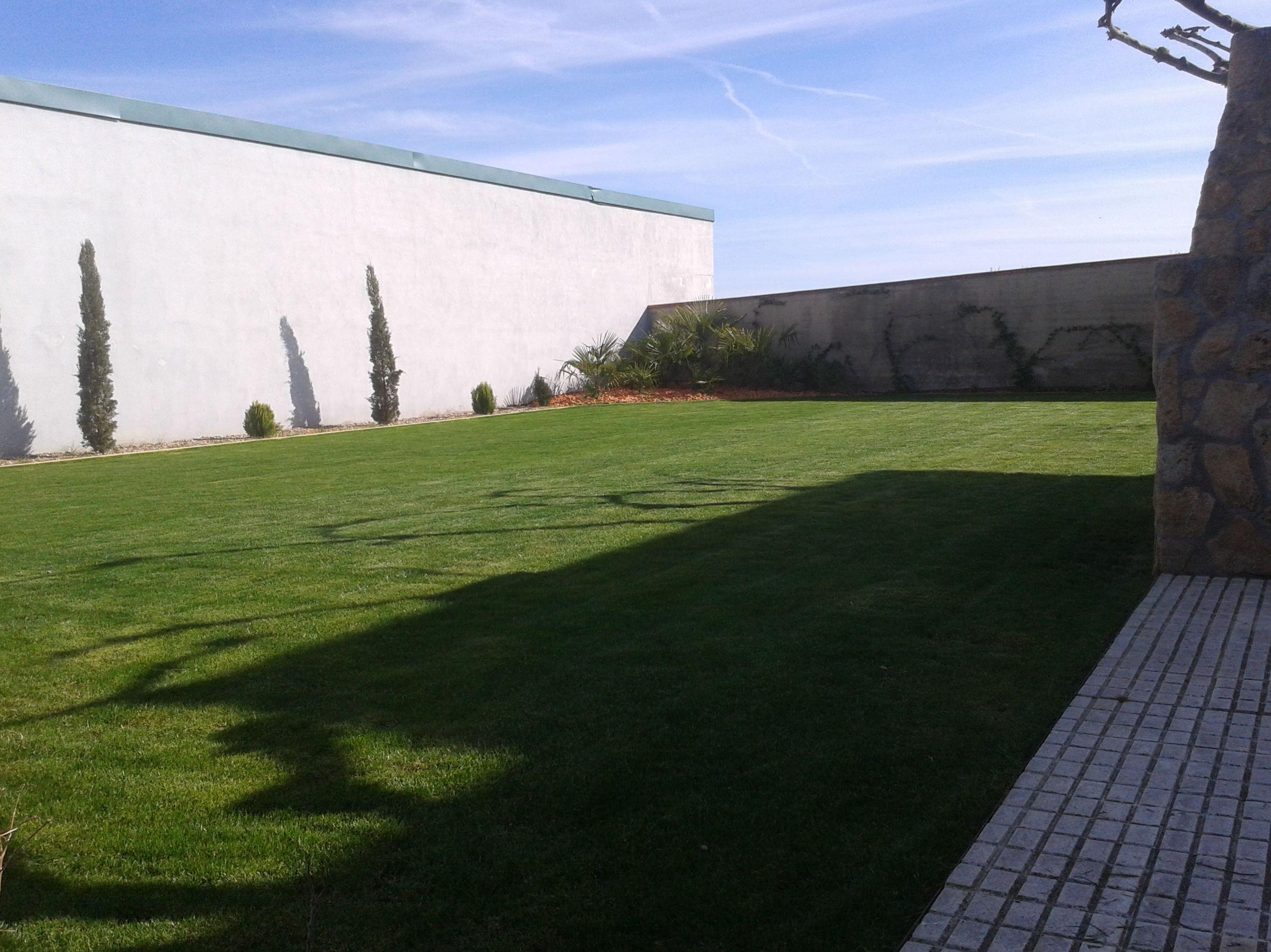 Foto 9 de Jardines (diseño y mantenimiento) en Corrales | Jardiner Zamora