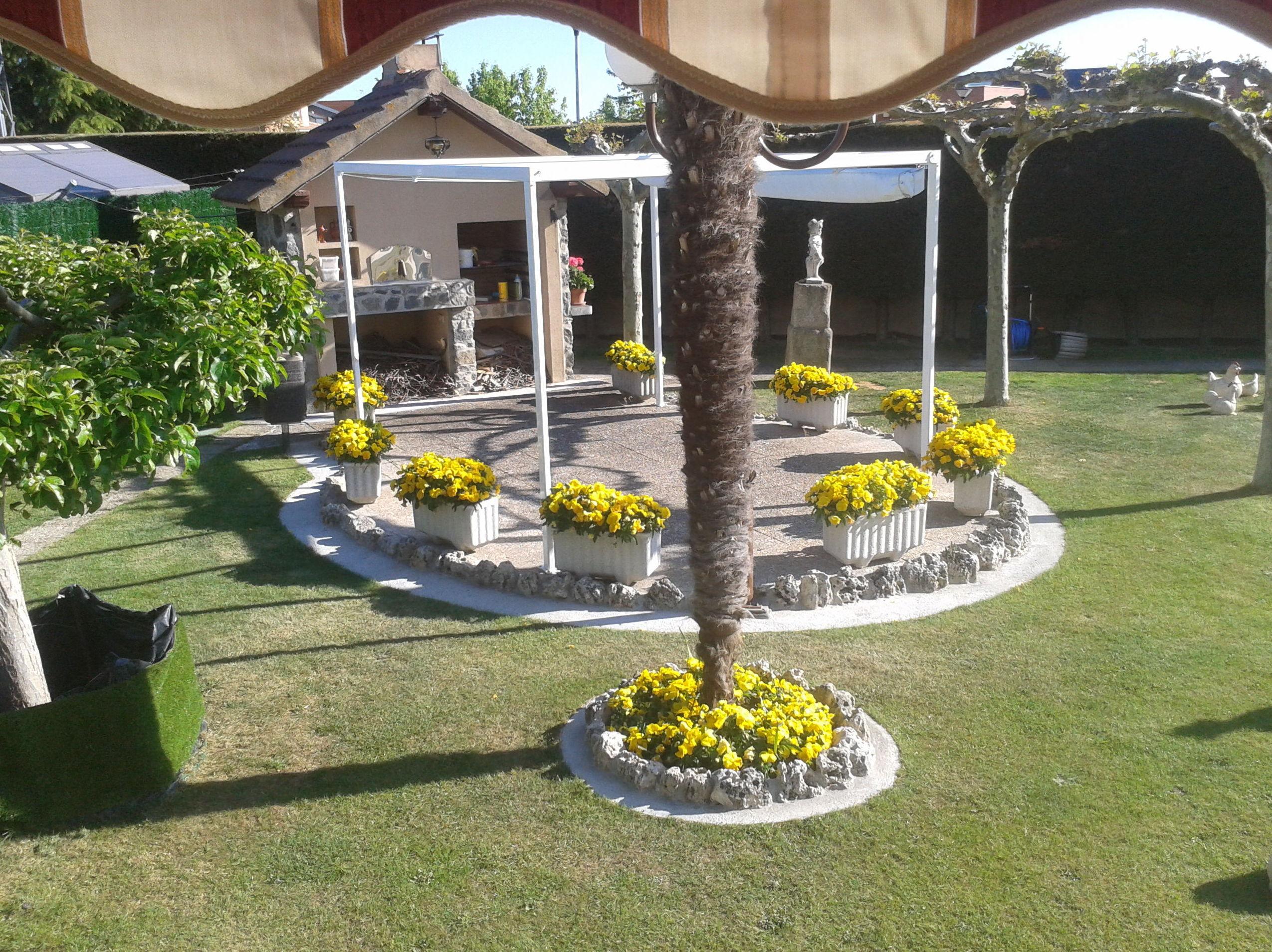Foto 10 de Jardines (diseño y mantenimiento) en Corrales | Jardiner Zamora