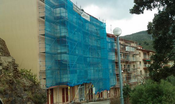 Edificio Sant Jaume en Portbou