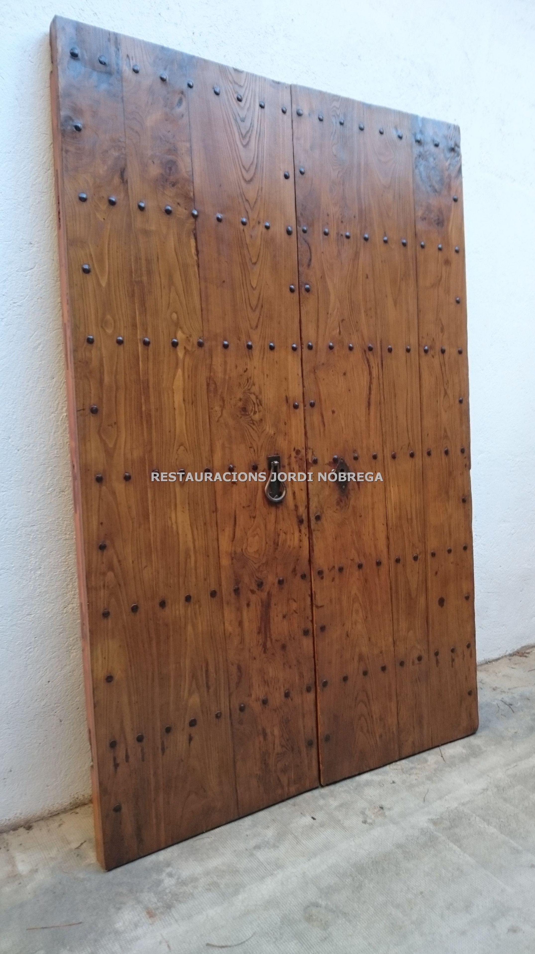 Restauraci n puertas de antigua casa de pueblo nuestros for Restauracion de puertas antiguas