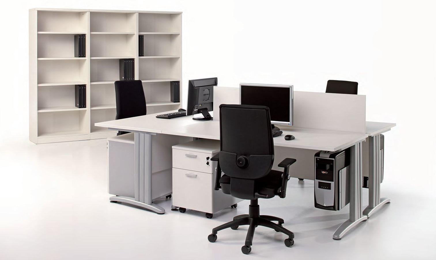 composición de 3 mesas kronos blancas con pies color aluminio